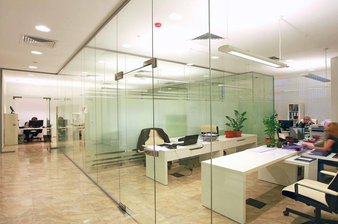 Легковозводимые перегородки для офиса