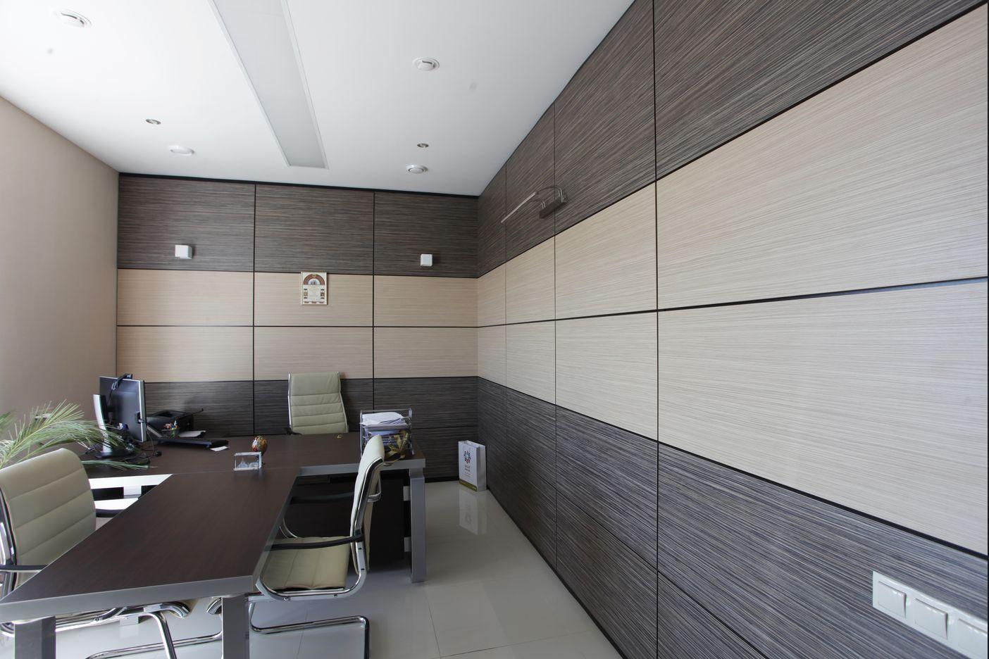 Кабинеты с матированными стеклянными перегородками